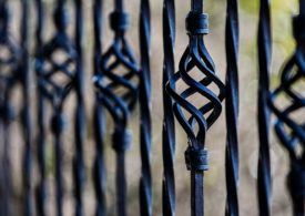Konserwacja bram, ogrodzeń.